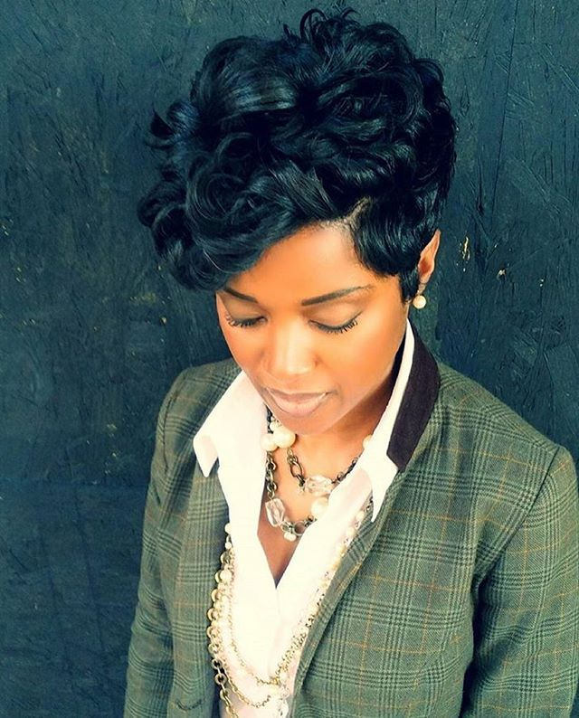 STYLIST FEATURE| Love this #pixiecut ✂️styled by #ATLStylist @Mrskj5❤️ So healthy and full #voiceofhair ✂️========================== Go to VoiceOfHair.com ========================= Find hairstyles and hair tips! =========================