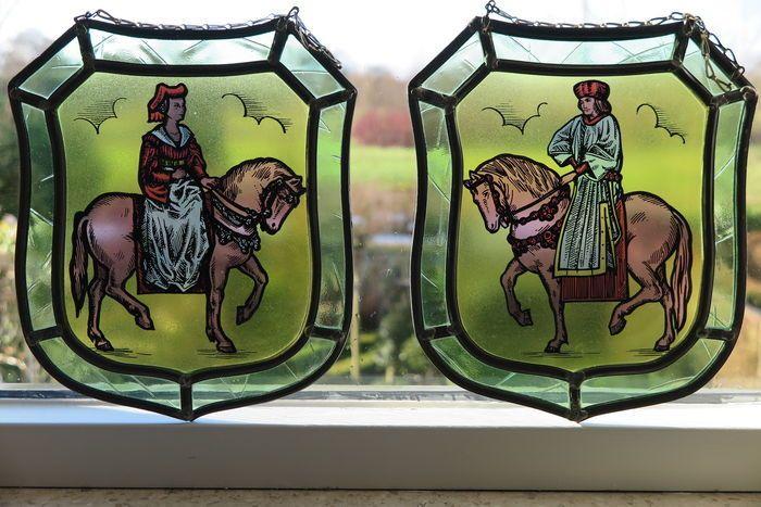 Online veilinghuis Catawiki: Glas in lood Ridder en Jonkvrouw - 2e helft 20e eeuw - Nederland