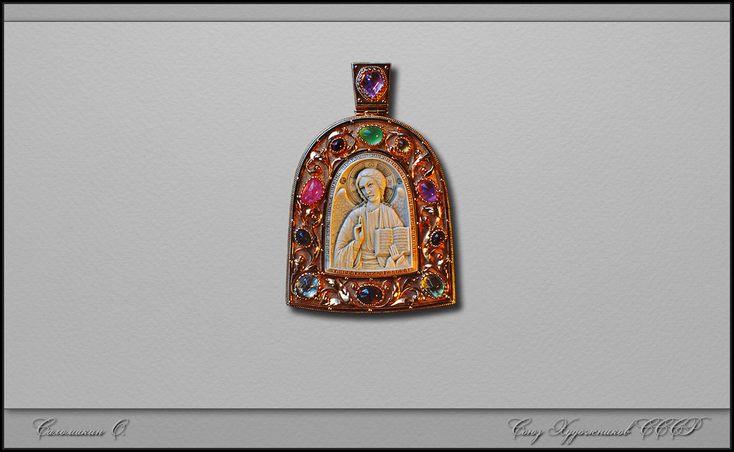 резная кость - нагрудная икона *Ангел Великого Совета* Саломакин О. бивень мамонта, резьба, золото, камни....