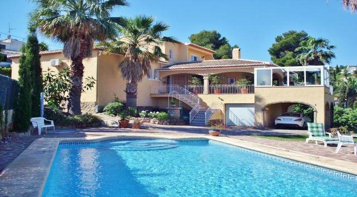 Mediterrane Villa im spanischen Javea Tosalet. Weitere Traumimmobilien in Spanien finden Sie unter: http://www.ott-kapitalanlagen.de/immobilien-spanien.html