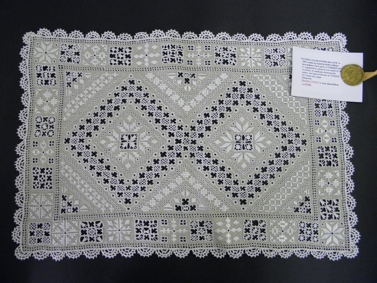 Old Piece Lefkara lace
