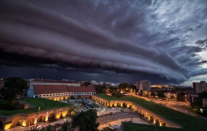The impending storm over Romania - Todays Events