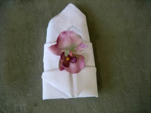 Bishop Hat Napkin Fold & more napkin folding styles with tutorials. step by step napkin folding instructions
