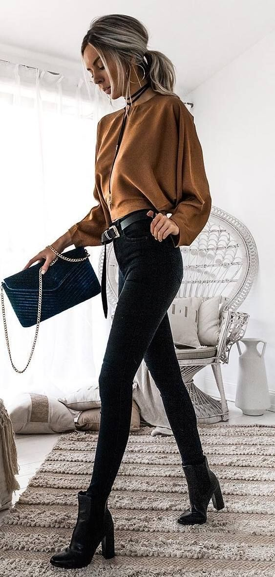 brown and black outfit / top + bag + skinny jeans + boots