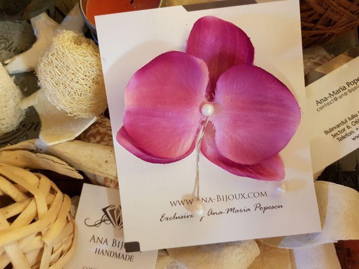 Cercei Orhidee SWAROVSKI #ANAS0022 - Cercei Handmade Orhidee cu perle SWAROVSKIautentice, tije, lant si fluturas Argint 925. Cercel mic cu perla SWAROVSKI tije si fluturas Argint 925.   - Bijuterii Handmade - Ana Bijoux Handmade | Ana-Bijoux.com | Ana Bijoux Group