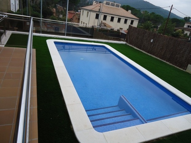 383 best images about piscinas on pinterest gardens mars and hotel spa - Piscina madera rectangular ...