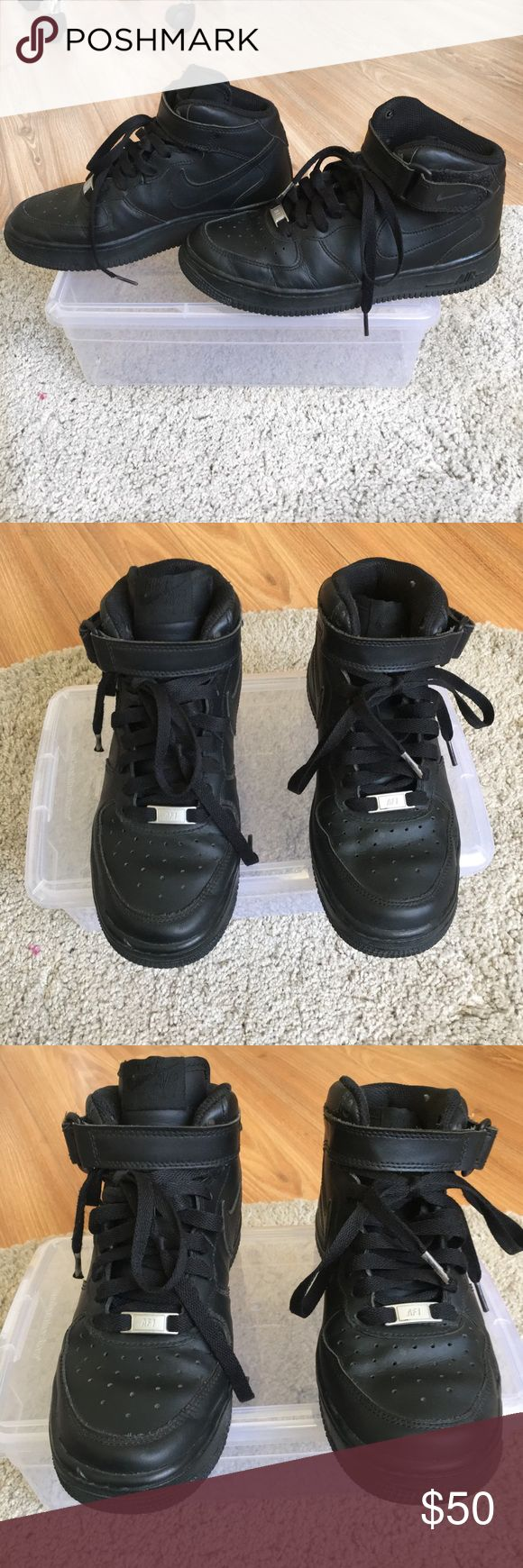 * Nike Air *  🐾  Black 37,5 US 7 Black Nike Air High Tops in size European 37,5.  💋 In Good Condition small signs of Wear in the inside and in need of new Lace/shoe strings otherwise in Great Condition as shown in the pictures. Nike Shoes Sneakers