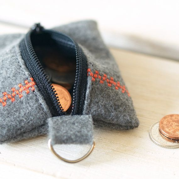 Can you believe this is made from recycled bottles?! How cool is that? Vegan Felt Keychain Coin Pouch Wallet Men Eco by BeledienHandmade