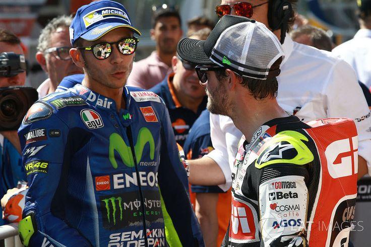 Tweede plaats Valentino Rossi, Yamaha Factory Racing, Cal Crutchlow, Team LCR Honda