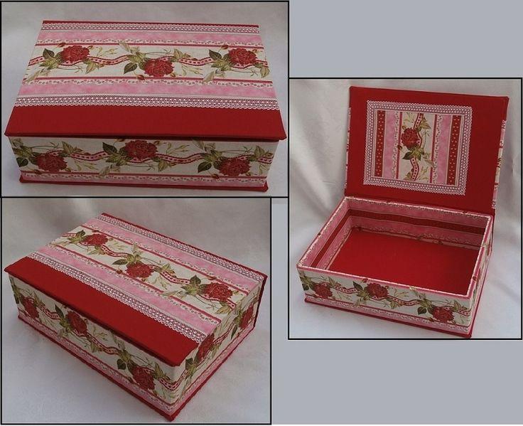 Třetí textilem potažená krabice, Vyrobena byla z desek vyřazené knihy..