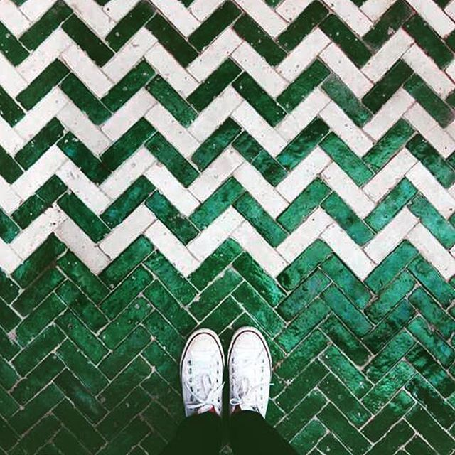 chevron tile with contrast
