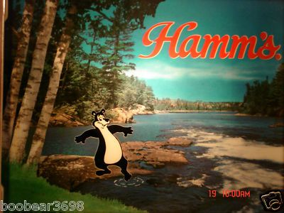 HAMMS BEER HAMM'S BEAR TOE IN THE WATER LIGHTED SIGN
