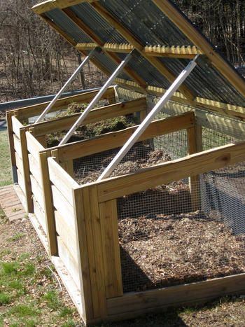 how to keep raccoons out of composter