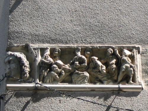 Cessenon-sur-Orb: Le sarcophage - France-Voyage.com