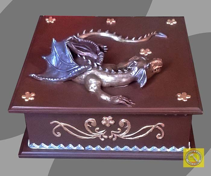 #cofre #dragon en #madera