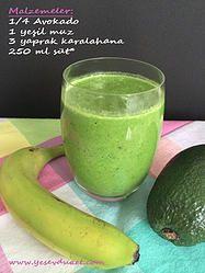 Yeşil muzlu smoothie