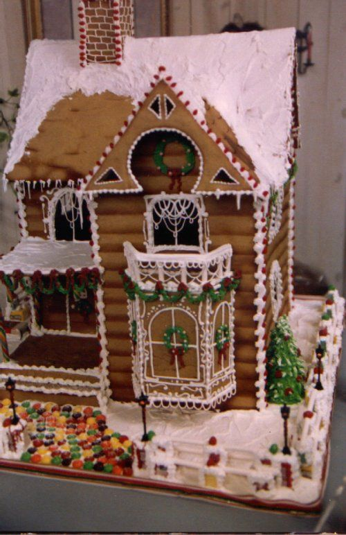 Gingerbread House Designs | This is NOT a cake... it is a large victorian gingerbread house I made ...