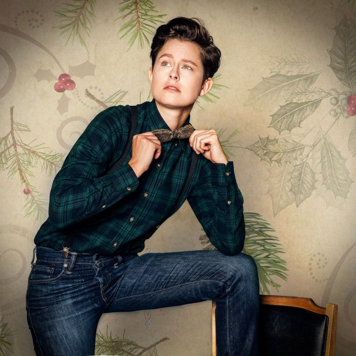 Cameron Esposito and Rhea Butcher butch up for new calendar