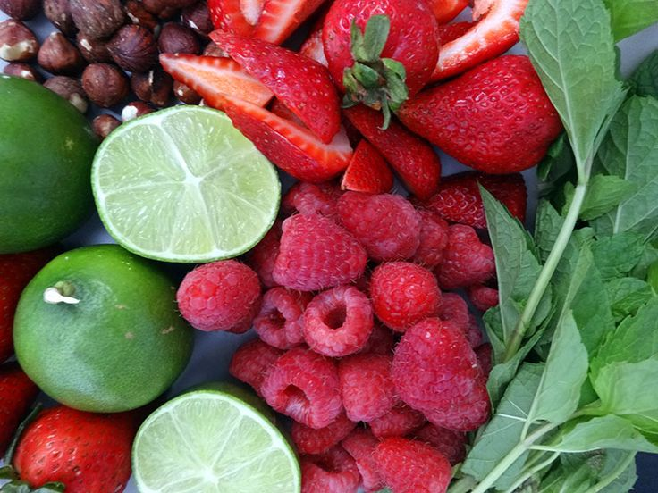 BEAUTY SALAD | SKIN FOOD. Feed your face with this delicious vitamin rich fruit salad. lovefacebeauty.com