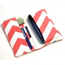 coral chevron wallet - I need to make myself one of these!
