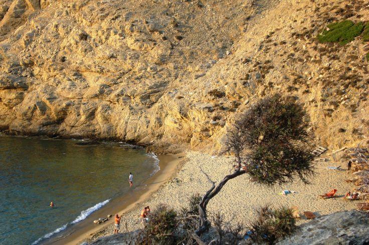 Aselinos (mikros=small) beach