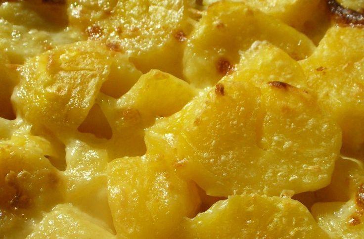 Vagy egytálétel is lehet egy kis sajttal turbózva. Merthogy a zöldség nálunk nem annyira nyerő, vagy mondjuk inkább úgy, hogy olyan zöldség...
