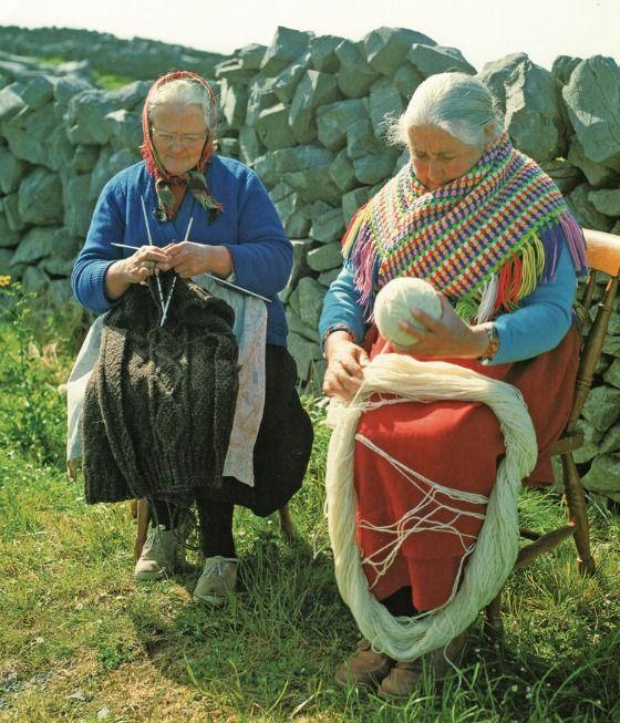 Irish ladies: Aran Islands, Old Lady, Knits Chairs, Irish Knits, Irish Lady, Irish Knitter, Perfect Retirement, People Knits, Lady Knits