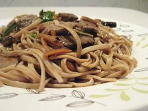 Beef Lo Mein: Taste a classic Chinese dish from the comfort of your home