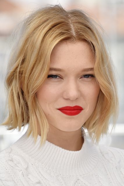 These Low-Maintenance Hair Looks Are Easy On Your Wallet (No Upkeep!) #refinery29 http://www.refinery29.com/2016/11/130356/low-maintenance-hairstyles#slide-8 Tip #2: Short Is Better, But Layers Are What's Most ImportantWhen it comes to easy cuts that require minimal upkeep, bobs almost always win out. The shorter you start, the longer they can grow out. ...