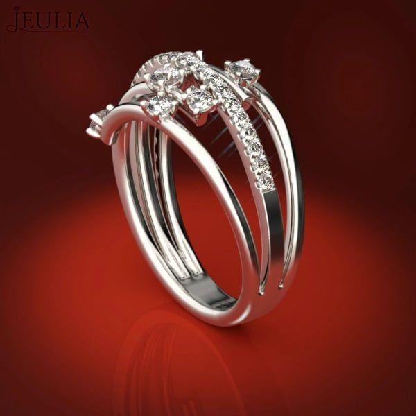 360 view of shine spilt shank white sapphire ring