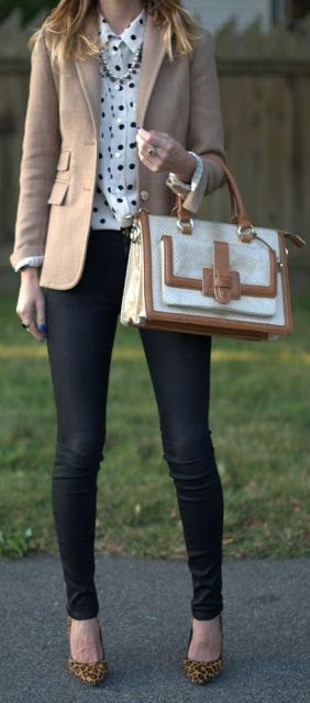 Fall trends | Beige blazer over polka dots shirt, black skinnies, animal print shoes, handbag, necklace