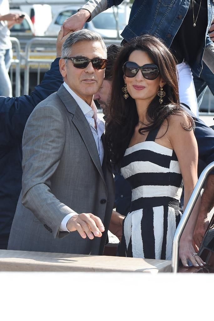 EVERYTHING we know about George Clooney's wedding this weekend: http://on.elle.com/1BltkAU  pic.twitter.com/ktGO0GEy2B