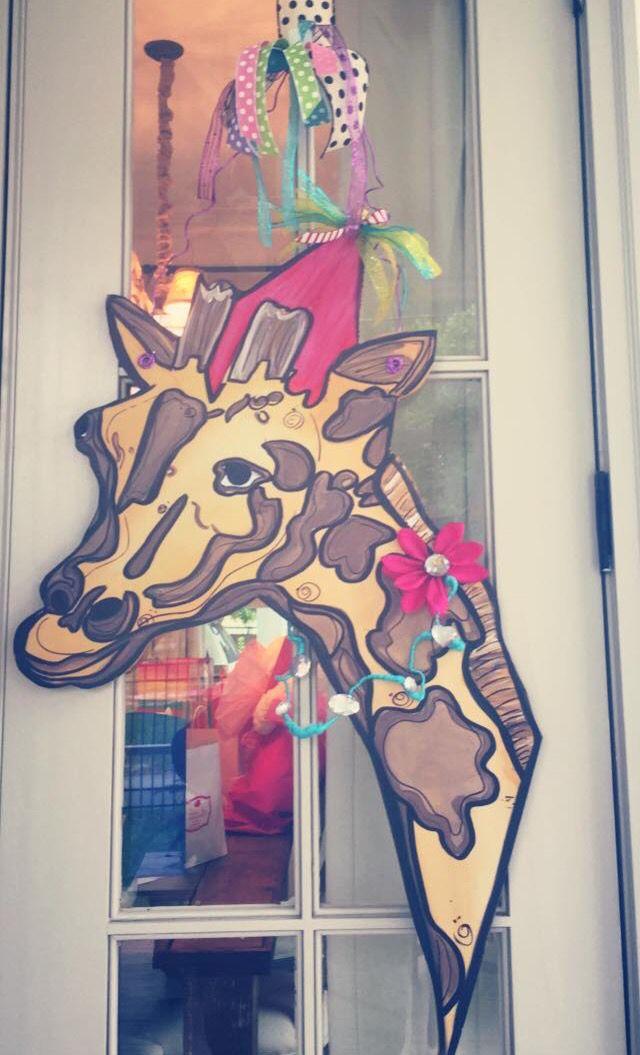 Birthday giraffe door hanger sadie jane 39 s door designs for Door hanger design ideas
