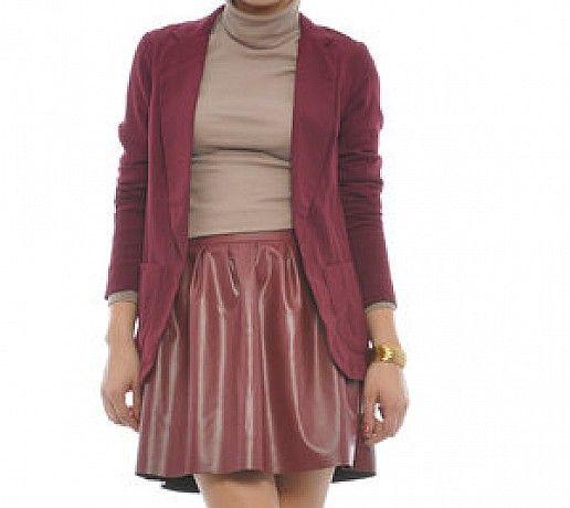 http://imbracaminte.fashion69.ro/sacou-visiniu-cu-buzunare/p69966
