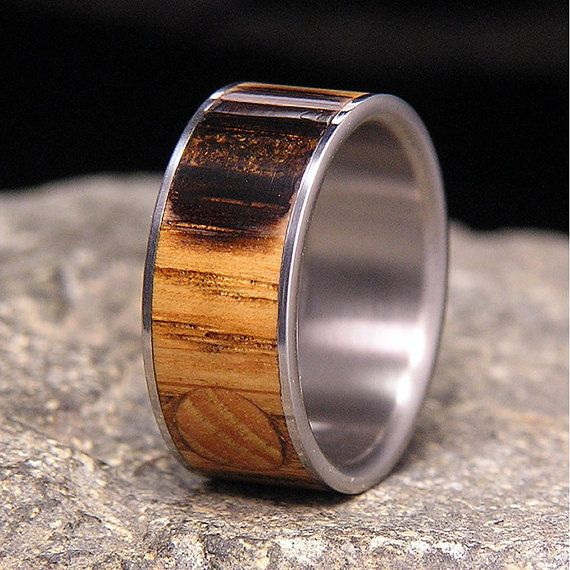 Jack Daniels Barrel Wood Titanium Wedding Band or door HolzRingShop
