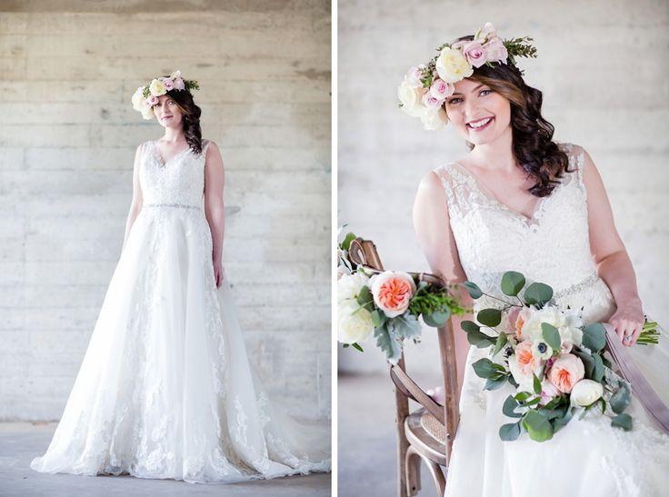 old-mill-bridal-shoot-bourbon-rose-floral-design-sarah-seven-eryn-shea-photography-ontario-bride-_0027