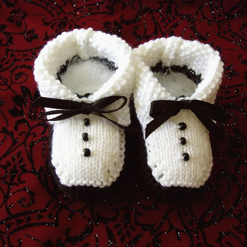Ravelry: Project Gallery for Tuxedo Booties pattern by Kathie Popadin