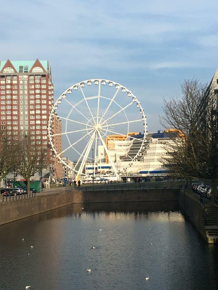 Het Reuzenrad tijdelijk in Rotterdam ...maart 2016.
