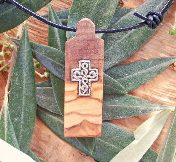 Olive Wood necklace inlaid with Tibetan silver by ellenisworkshop