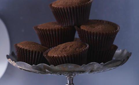 Recipe for Warm Malt Truffle Muffins