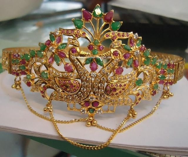 Latest Indian Gold and Diamond Jewellery Designs: 22k Gold Peacock Baju bandh