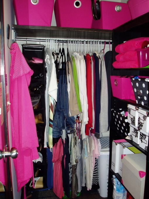 Love The Use Of Storage Here On The Right Side To Maximize The Closet Space  In Yourroom.