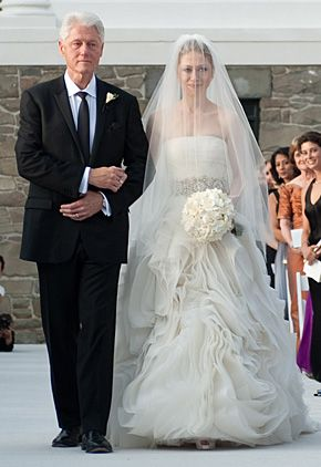All The Details On Chelsea Clinton S Wedding Dress