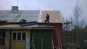 November Snow! | Vanha Talo Suomi  New siding and roofing for an old home in southern Finland  katto sivuraide vanhaan kotiin Uusimaa Suomi