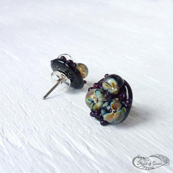 flower stud earrings//lampwork by MaidOfGlassOnEtsy on Etsy