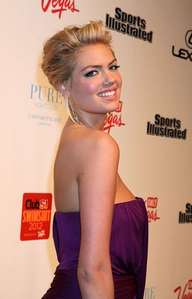 Kate Upton Bobby Pinned updo: Hair Ideas, Hair Beautiful, Swimsuits Models, Kate Upton, Pin Updo, Hair And Beautiful, Upton Photo, Sports Illustrations Swimsuits, Bobby Pin