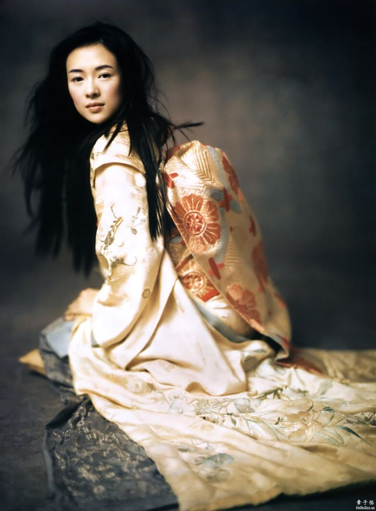 Zhang Ziyi photographed by Paolo Roversi - Vogue US: December 2005 - Memoirs of a Geisha  (via:opiumofthemasses)