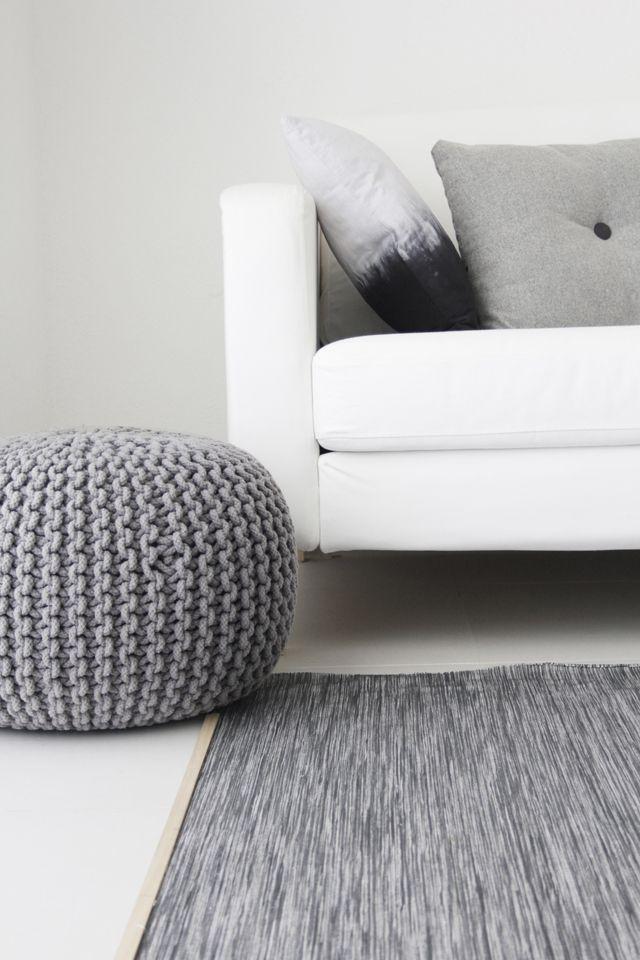 pouf geant ikea poire salsa rouge x cm with pouf geant. Black Bedroom Furniture Sets. Home Design Ideas