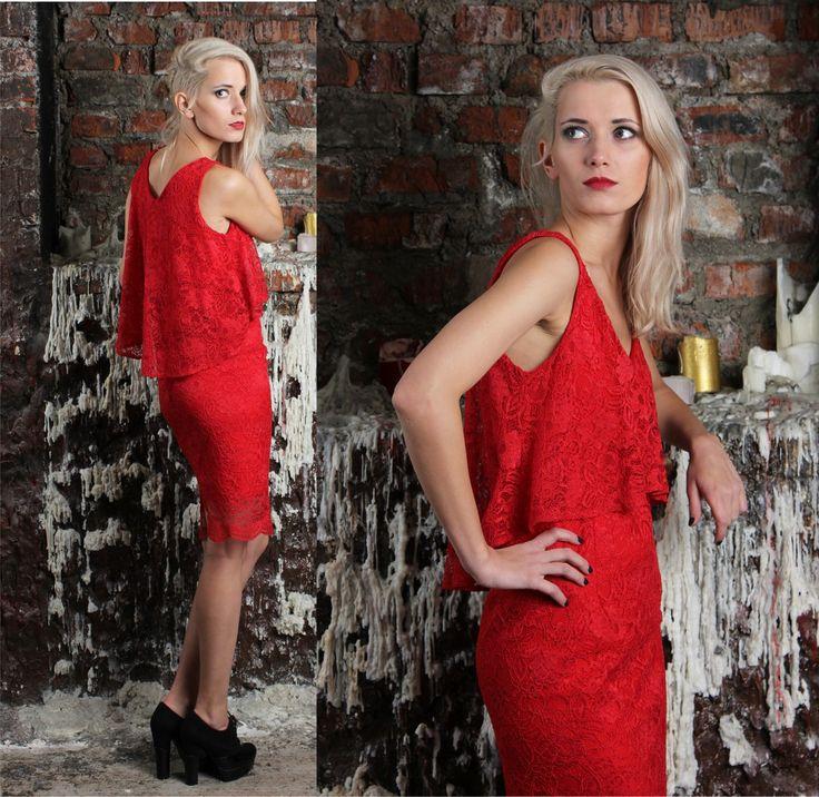 Красное платьеиз гепюра, отлетным верхом. Цена: 9000р. Размеры 40, 42, 44, 46, 48 . Состав: верхнее платье: полиэстр 100%        нижнее платье: 95% вискоза, 5% лайкра Заказ на сайте : www.anaitmheyan.ru WhatsApp/viber : 89032069710 #коллекция #одежда #рождественскаяколлекция #платьедоколен #рождество #дизайн #платье2017 #dresses #нарядноеплатье #красное #платьенановыйгод #кружевноеплатье #кружево #новогодняяколлекция #модныйобраз #моднаязима #моднаяодеждавмоскве #платьеизкружева…
