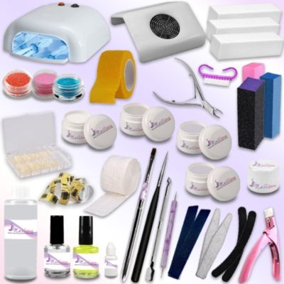 Il kit che vi arriverà comprende:  - 1 lampada UV 36W professionale cod. art. 0089 con 4 bulbi da 9W ciascuno - 1 aspiratore di polveri - 1 gel base 15 ml - 1 gel costruttore  15 ml - 1 gel sigillante 15 ml - 1 gel bianco 5 ml - 1 gel colorato 5 ml - 1 primer 15 ml - 1 olio cuticole 15 ml - 1 nail cleaner 100 ml - 1 colla per tip 3g - 1 pennello a punta per gel UV - 1 pennello piatto per gel UV - rotolo 500 cartine - rotolo 500 pads - 100 tip naturali con scalino - 1 taglia tip - 1 spatola…